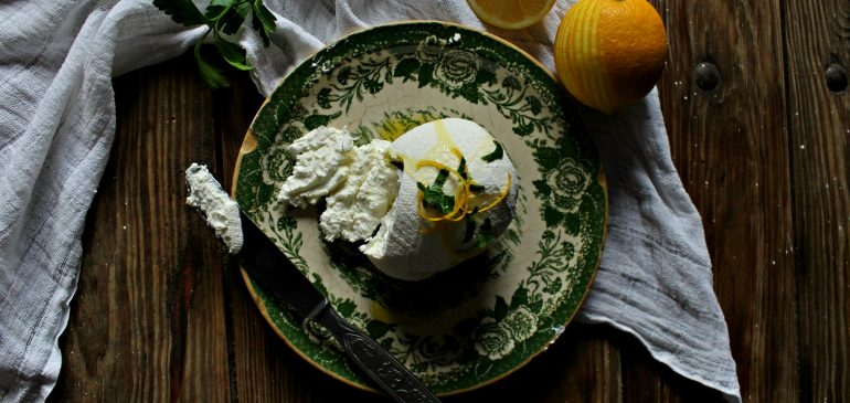 LABNEH – domaći krem sir od grčkog JOGURTA